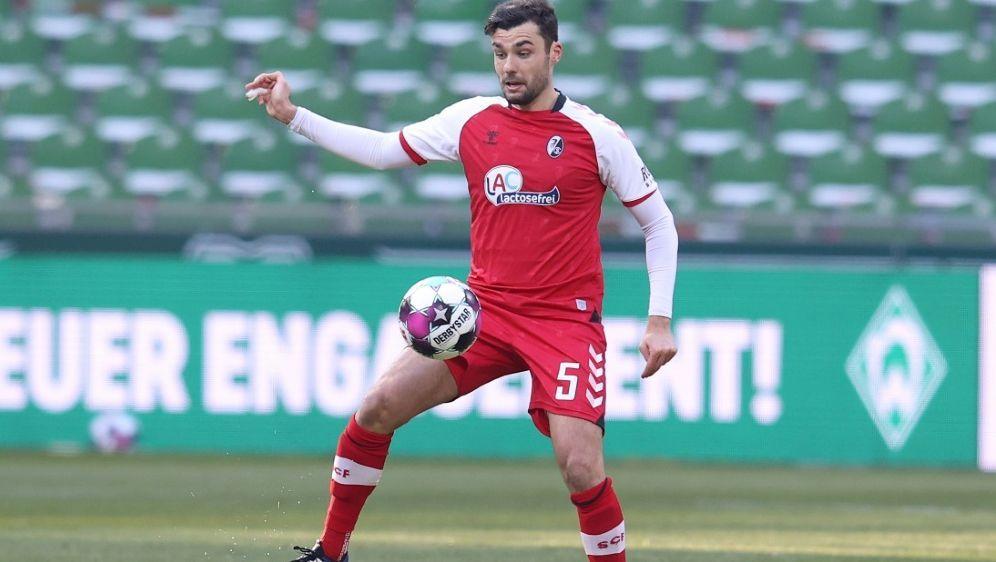 Gulde unterschreibt neuen Vertrag beim SC Freiburg - Bildquelle: FIROFIROSID