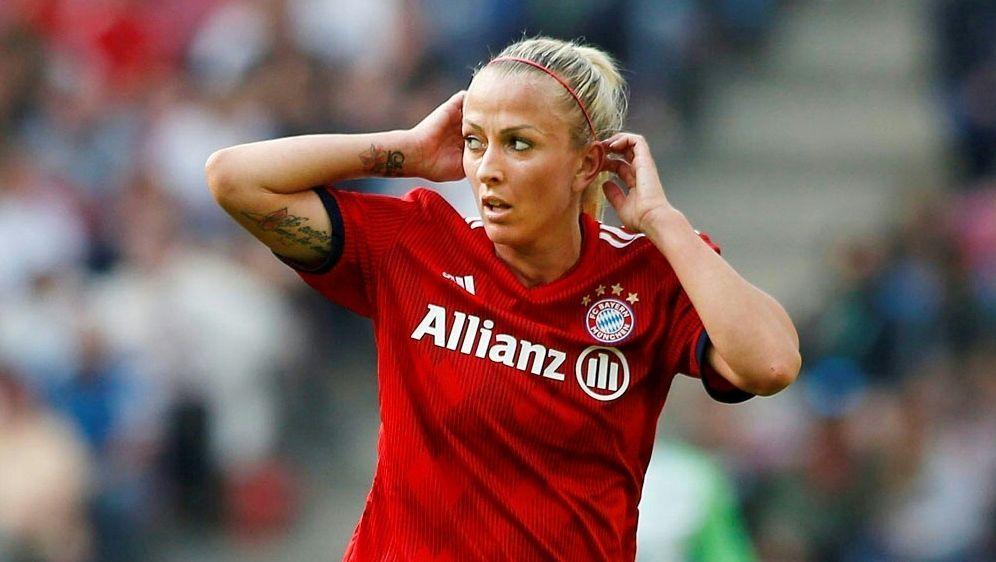 Mandy Islacker erzielt die Führung für Bayern München - Bildquelle: PIXATHLONPIXATHLONSID
