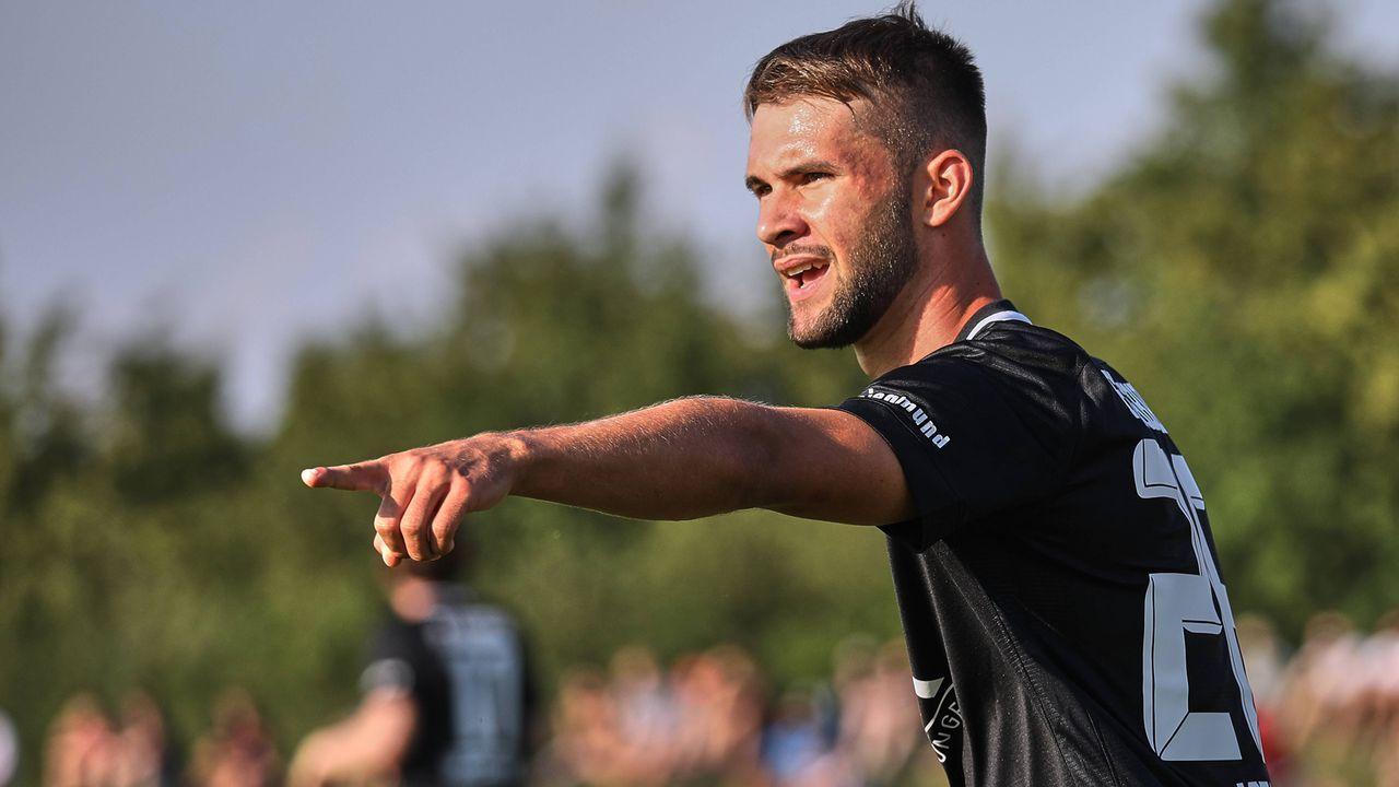 Platz 10 - Simon Asta (FC Augsburg) - Bildquelle: imago/Krieger