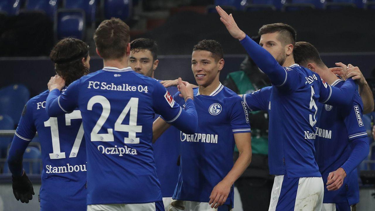 Schalke jetzt nur noch Abstiegskandidat - Bildquelle: getty