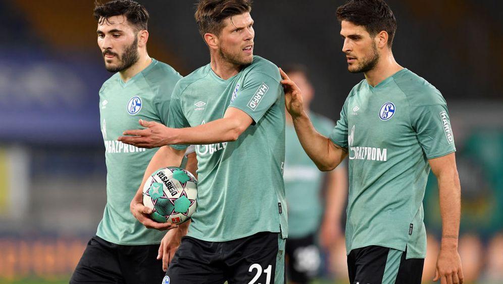 Der FC Schalke 04 ist nun auch rechnerisch abgestiegen. - Bildquelle: 2021 Getty Images