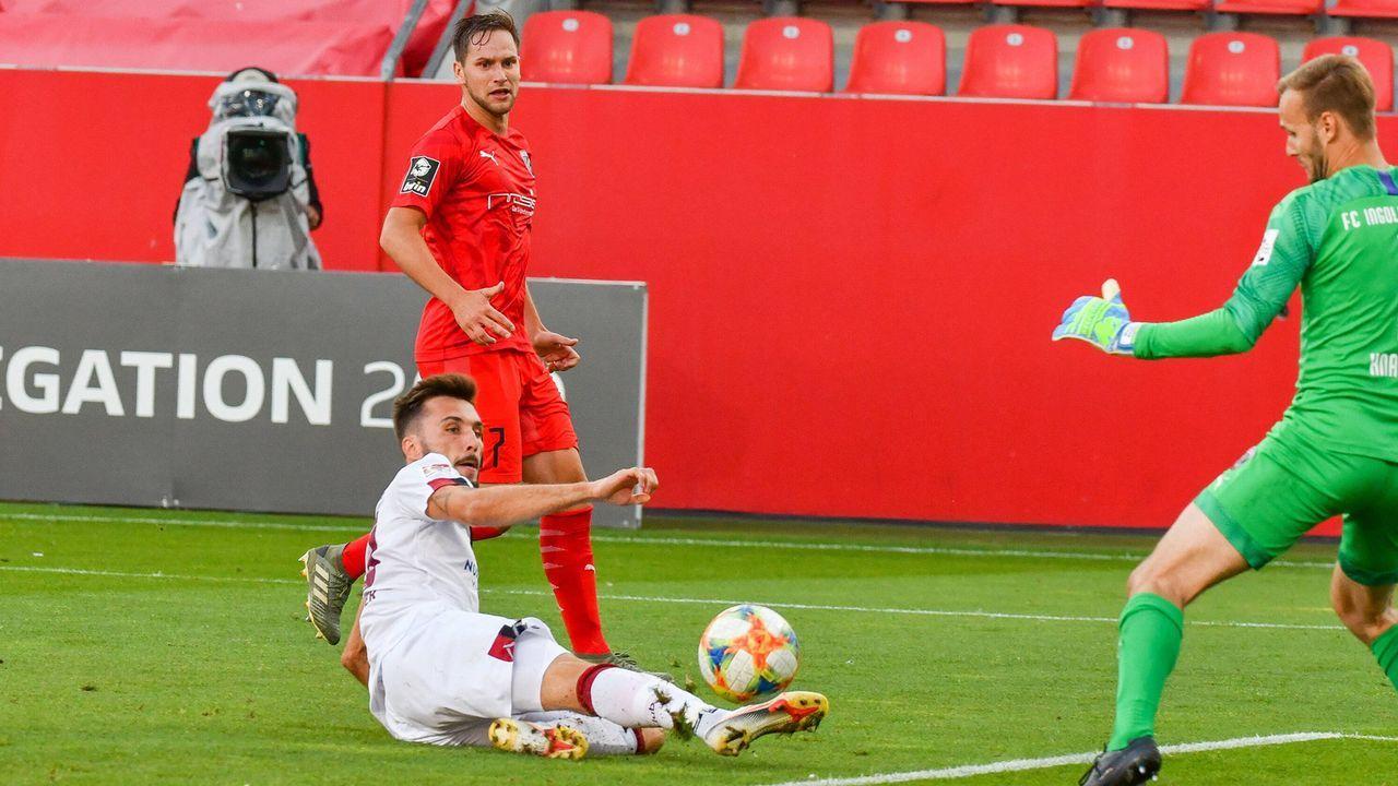 Fabian Schleusener (1. FC Nürnberg) - Bildquelle: imago images/Eibner