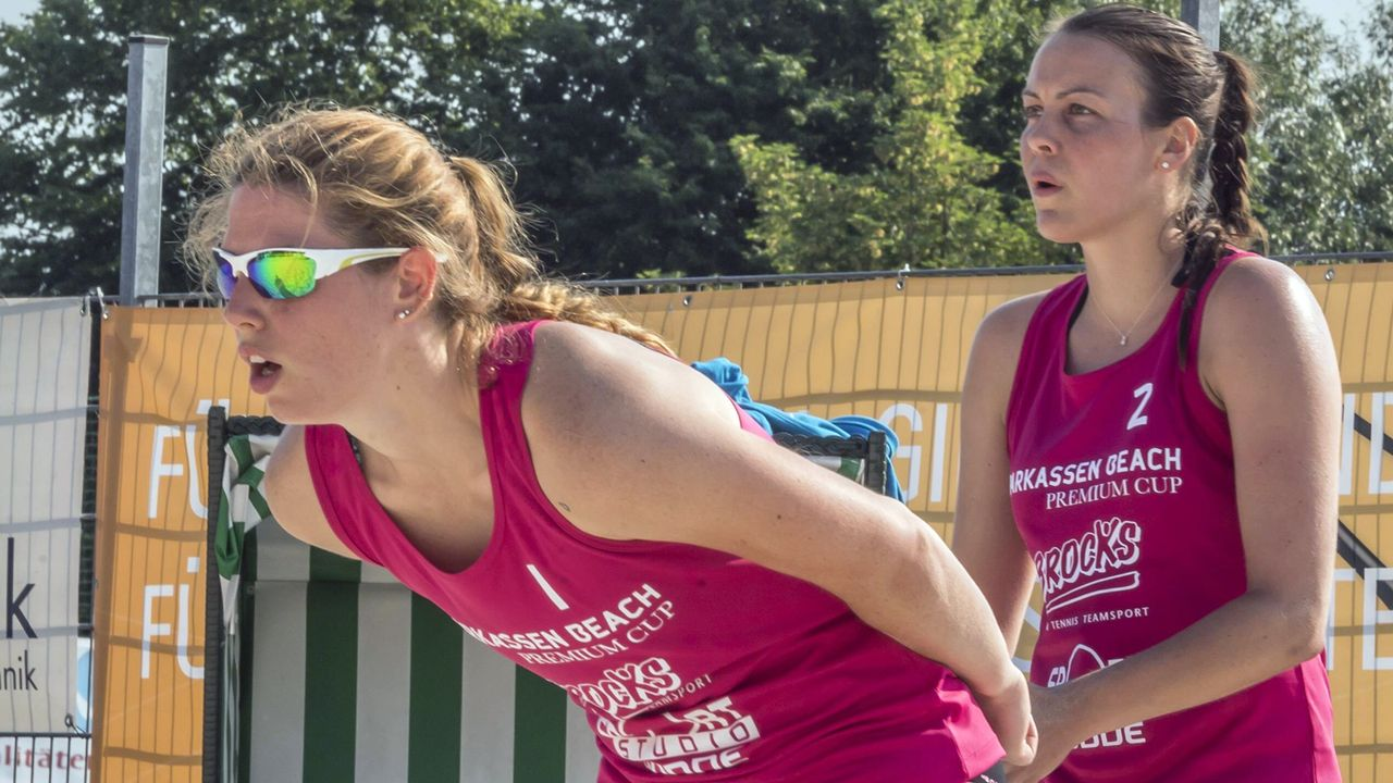 Sandra Ferger und Christine Aulenbrock - Bildquelle: imago/Beautiful Sports