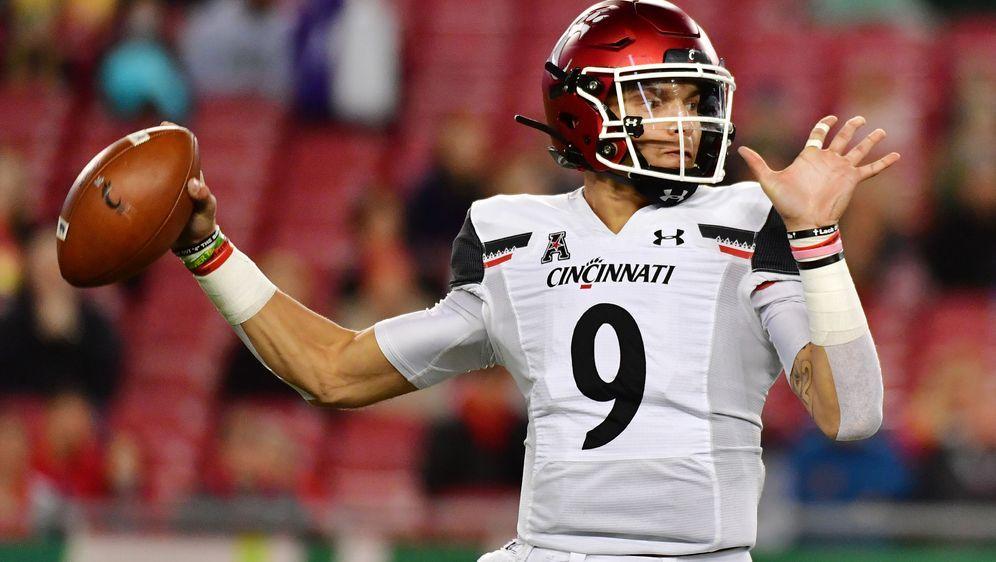 Desmond Ridder führte die Cincinnati Bearcats zum Sieg. - Bildquelle: 2019 Getty Images