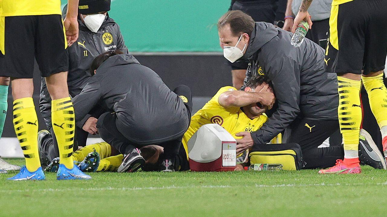 Mateu Moreys Verletzung schockt Borussia Dortmund - Bildquelle: Firo/nordphoto GmbH