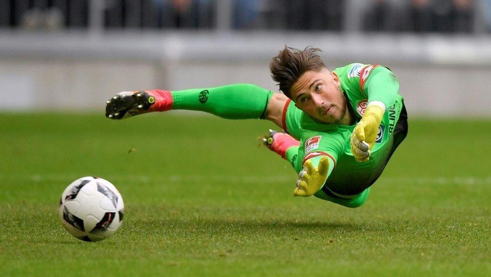 Jannik Huth wechselt zum SC Paderborn - Bildquelle: PIXATHLONPIXATHLONSID