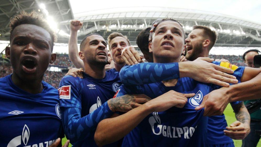 Der FC Schalke gewann sein Auswärtsspiel bei RB Leipzig - Bildquelle: FIROFIROSID