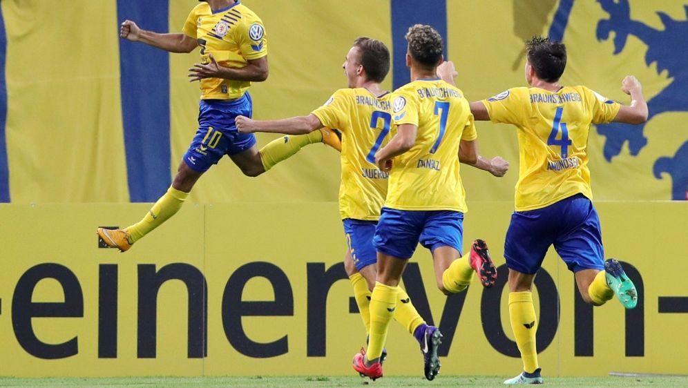 Braunschweig kletterte mit dem Sieg auf Platz 14 - Bildquelle: PIXATHLONPIXATHLONSID